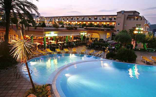 Hotel Guitart Central Park Resort Lloret de Mar Pools